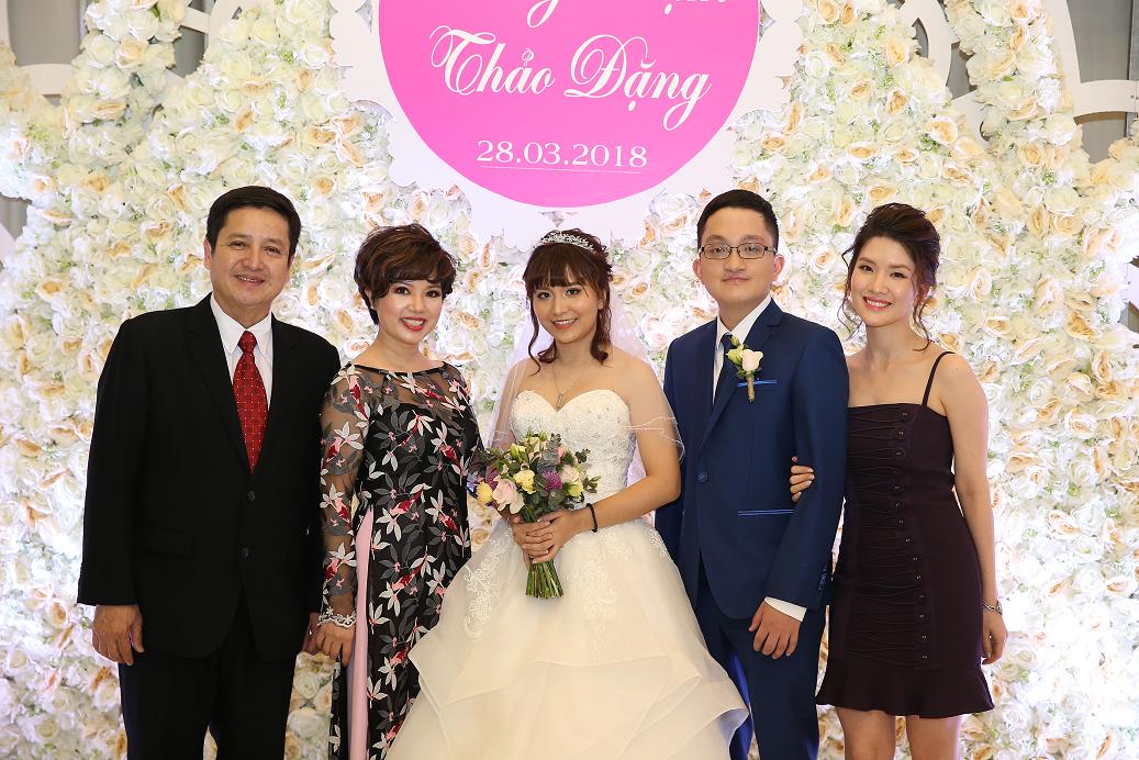 Tiec Cuoi Con Trai Nghe Si Chi Trung (18)