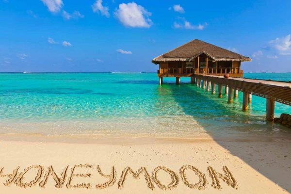 Honeymoon Beach Sand Overwater Bungalow 2048x2048