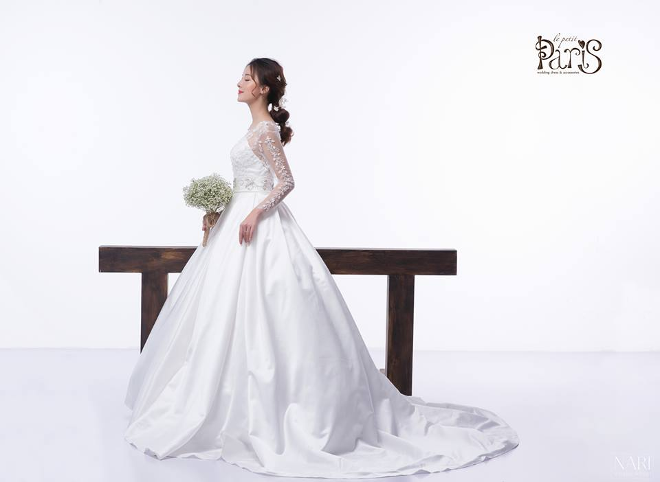Hình ảnh một mẫu váy cưới thuộc thương hiệu Le Petit Bridal