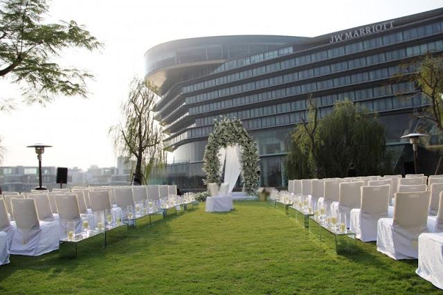 Tiệc cưới ngoài trời khách sạn JW Marriott