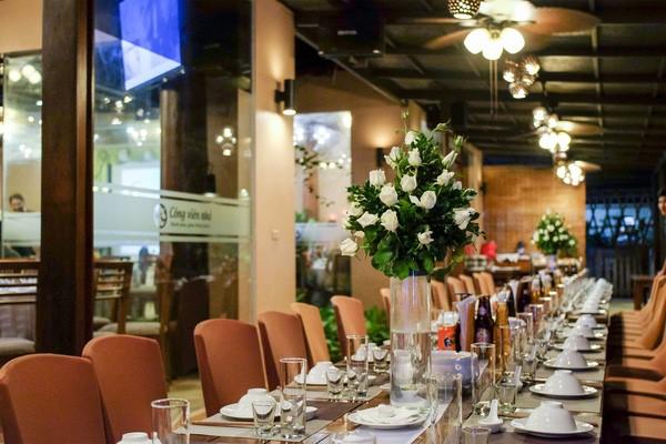Bàn tiệc cưới tại nhà hàng Công Viên Nhỏ