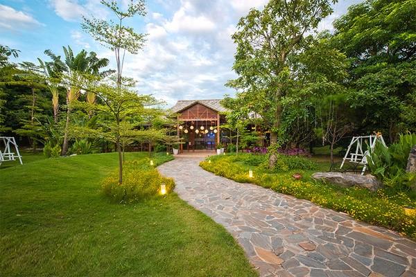 Không gian sân vườn ở nhà hàng Công Viên Nhỏ (Nguồn ảnh: Nhà hàng Công Viên Nhỏ)