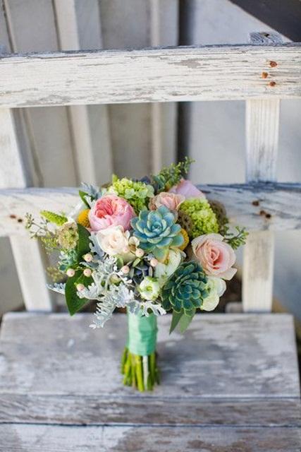 Hình ảnh minh họa mẫu hoa cưới mùa hè cho cô dâu