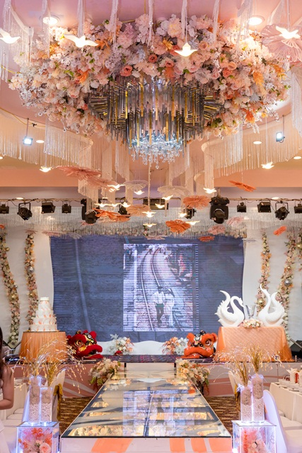 Hình ảnh phòng tiệc Vạn Hoa 94 Hoàng Quốc Việt