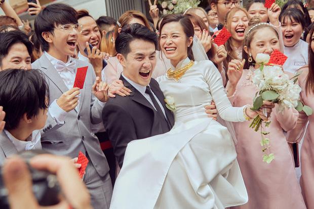 Niềm hạnh phúc của Đông Nhi và Ông Cao Thắng