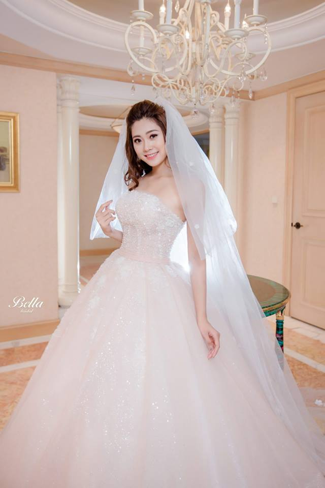 Cửa hàng cho thuê váy cưới Bella Bridal