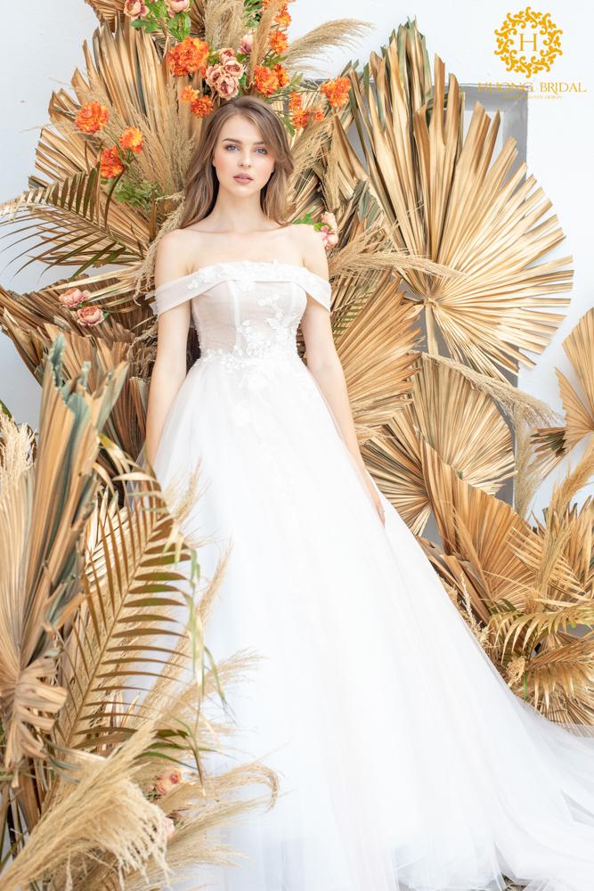 Cửa hàng cho thuê váy cưới Hương Bridal