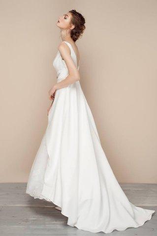 Cửa hàng cho thuê váy cưới Lamy Bridal