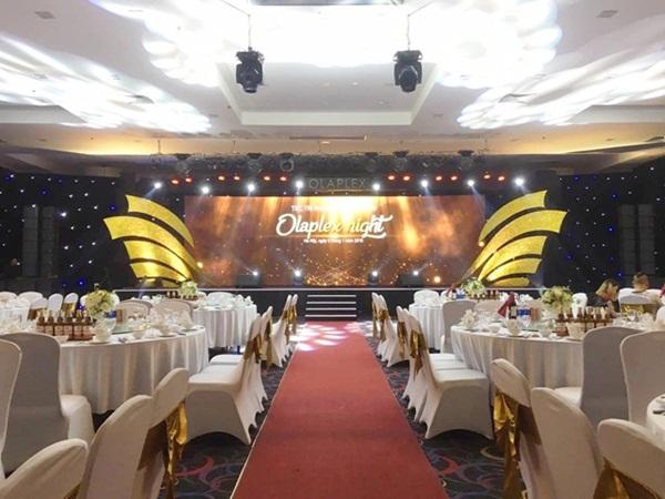 Tiec Hoi Nghi Van Hoa 2