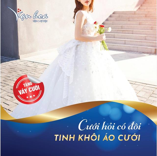 Uu dai nhan doi qua tang khi dat tiec cuoi tai Van Hoa-4